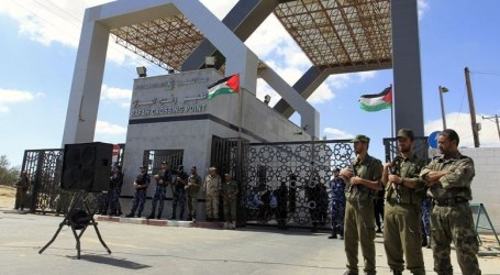 OPENING RAFAH CROSSING FOR PILGRIMS ON MONDAY