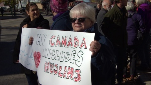 OTTAWA RALLY SUPPORTS MUSLIMS INCLUSION