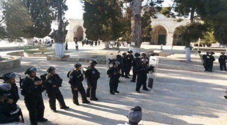 KHATIB CALLS FOR MAINTAINING THE STATUS QUO IN AL-AQSA