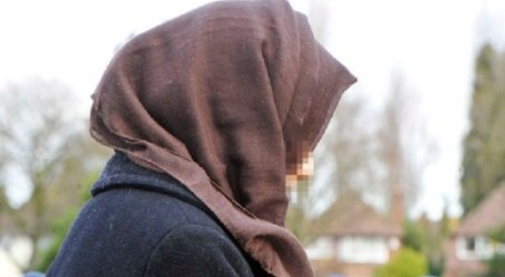 Muslimah Teacher Quits Job Over Pressure To Shake Hands With Men