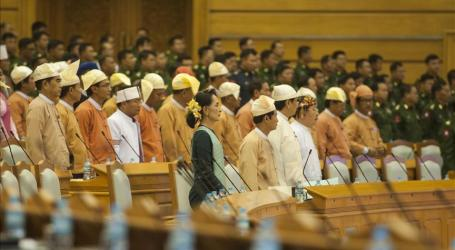 New Myanmar Gov't Under Pressure To Improve Human Rights
