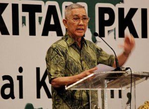 Former vice president Try Sutrisno speaks at a national symposium titled Protecting Pancasila from Threats of the Indonesian Communist Party (PKI) and Other Ideologies. JP Photo.
