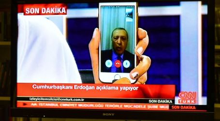 How Erdogan Turns to Social Media to Help Foil Coup in Turkey