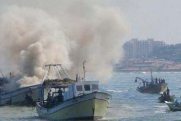 Israeli Navy Attack Fishermen Near Gaza Harbor