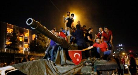 Turkish Columnist Fears on Gulen Movement's Impact on The World