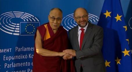 Dalai Lama Condemns Attacks on Rohingya Muslims in Myanmar