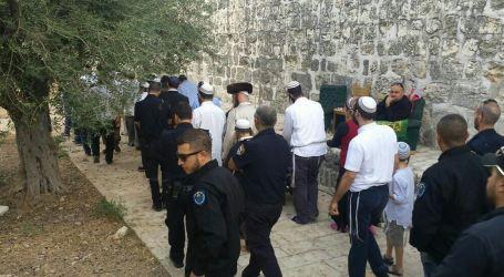 Israeli Illegal Settlers Organize Marches Near Al-Aqsa
