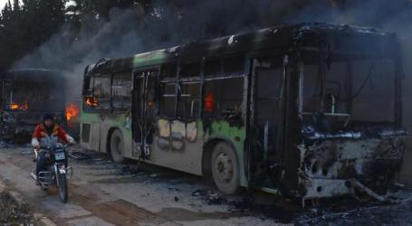 Aleppo Civilians Wait in Harsh Cold as Evacuation Busses Torched