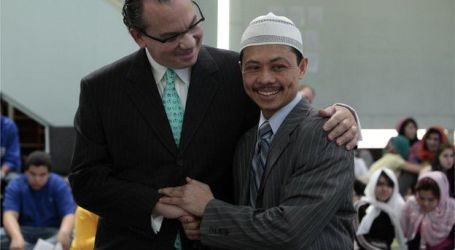 "Imam Shamsi Ali, Russell, Simmons, Rabbi, Holding ""I Am a Muslim"" Rally"