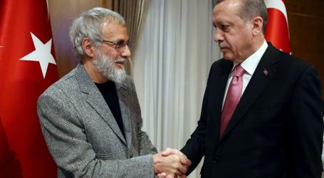 Yusuf Islam Praises Turkey for Its Care for Refugees