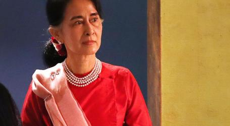 Aung San Suu Kyi Says She 'Could Step Down' as Myanmar Leader