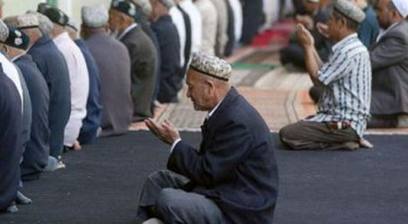 Muslim Uyghurs in China Fined, Sent to 'Study Classes' For Observing Ramadan