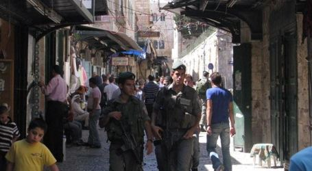 Israeli Police Close Shops In Occupied Jerusalem