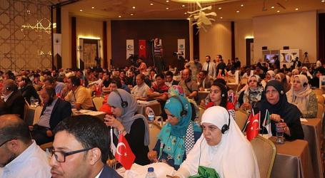 Muslim Youth Gather in Istanbul for Sake of Palestine
