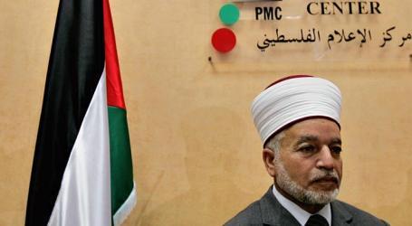 Israeli Police Detain Jerusalem's Top Muslim Cleric