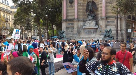 Mass Rally in Paris over Israeli Violations at Al-Aqsa Mosque