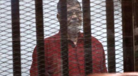 Court Upholds Lifetime Sentence Against Morsi Over Spying for Qatar