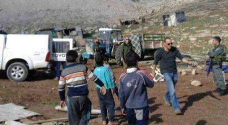 Israel to Demolish Abu Al-Nawwar Helmet's Only School