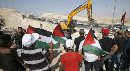 President Abbas: Battle of Khan al-Ahmar is the Battle of All Palestinians