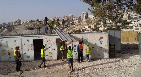 Israel Demolishes Kindergarten, Women Center East of Occupied Jerusalem