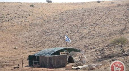 Israel Settlers Expand Outposts in the Jordan Valley