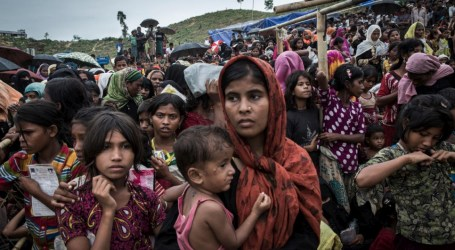 'You are not alone,' OIC Delegation Tells Rohingya after Visiting Their Camps