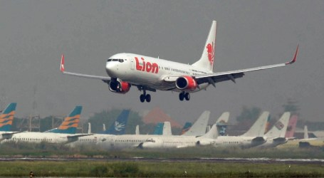 Airlines to Be Ordered to Follow Boeing Safety Advice