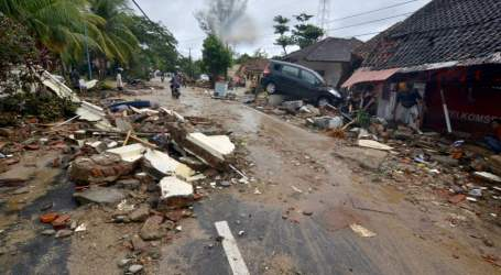 Indonesia 'Volcano Tsunami': At Least 168 People Killed and Hundreds More Injured