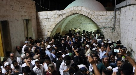 Israeli Forces Raid Prophet Yusuf Tomb in Nablus