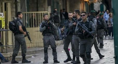 Israeli Police and Palestinians Clash in Al-Quds, 80 People Injuries