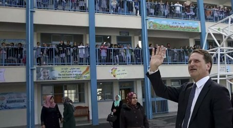 As 46,000 Palestinian Refugee Students Begin New Academic Year