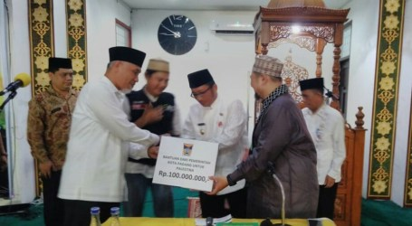 Padang City Government Donates Rp. 100 Million for Palestine