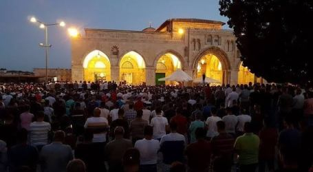 Friday Sermon: Aqsa Mosque is Our Soul and Spirit