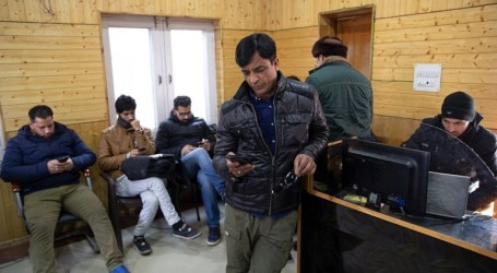 India Restores Kashmiris Internet After Seven Months Blocking