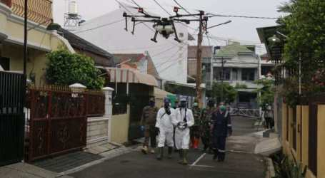 Jakarta Province Sprays Disinfectant Using Drones
