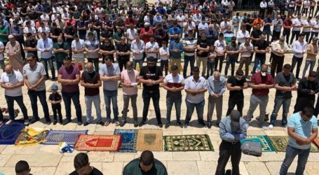 Muslims Called to Intensify Their Presence At Al-Aqsa Mosque