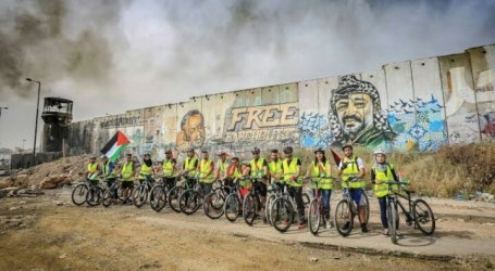 Palestinian Cyclists Attacked by Jewish Settlers