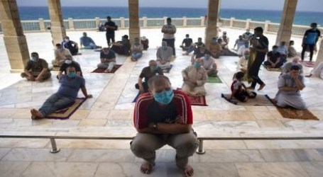 Mosques in Gaza Reopened for Congregation Prayers