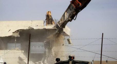 Israel Again Destroys Palestinian Settlements in the Jordan Valley