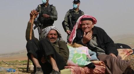 Israeli Occupation Continues Its Violations Against Palestinians in Khirbet Hamsa, Jordan Valley