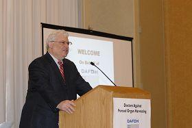 '美国宾夕法利亚大学生物伦理学中心主任、教授,世界著名的阿瑟·卡普兰'