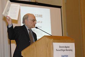 '国际知名人权律师大卫·麦塔斯博士'