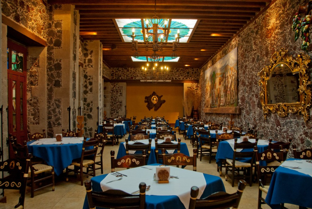 Restaurant Cafe Tacuba Mexico City