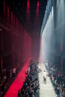 15_HUGO_SS_VIP_Backstage
