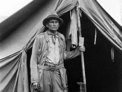 Hiram Bingham at the base camp Machu Picchu