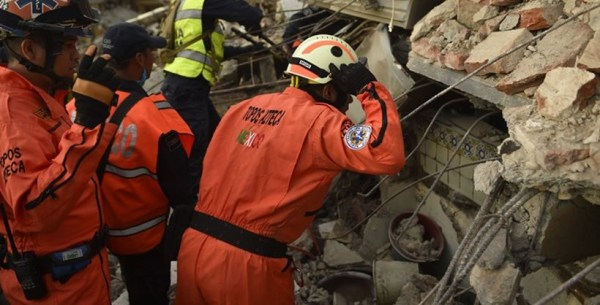 Mexico earthquake: Rescue teams continue to search for ...
