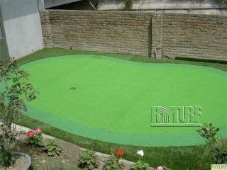 Artificial turf golf putting green