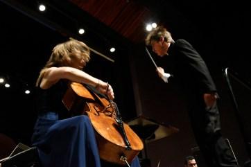 A Orquestra Sinfônica do Paraná com a violoncelista Tanja Tetzlaff. Curitiba, 25 de fevereiro de 2018.