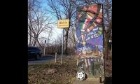 "<h5>Osdorfer Straße</h5><p>Osdorfer Straße <strong>close to Lilienthal Memorial</strong> © <a href=""https://www.instagram.com/p/BfnwRN3DVjQ/ "" target=""_blank"">li_lexi/Instagram</a><br>photo taken in 2018                                                                                                                                                                                                            </p>"