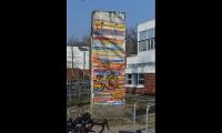 "<h5>Teltower Damm</h5><p>Teltower Damm <strong>John F. Kennedy School</strong> © <a href=""http://jfks.de"" target=""_blank"">John F. Kennedy School Berlin</a><br>photo taken in: 2018                                                                                                                                                         </p>"